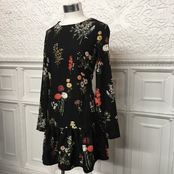 Philosophy Dresses & Skirts - NWT Philosophy Floral Dress With Bow Sz XS